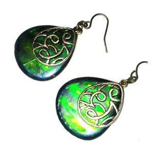 Green gem gypsy earrings 1 for $8/ 2 for $14
